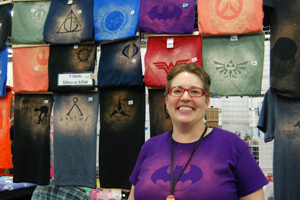 Julie Ewing of Popsquatch Designs at London Comic Con.