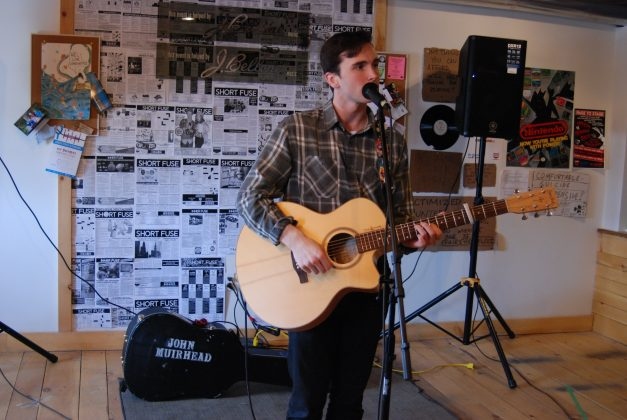 Behind the scenes at Live at Fuse HQ. John Muirhead performing at LondonFuse. Photo by Emily Stewart.