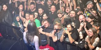 This is a photo I took at the Kittie show in October. Note the dead zone behind the people with their phones out.