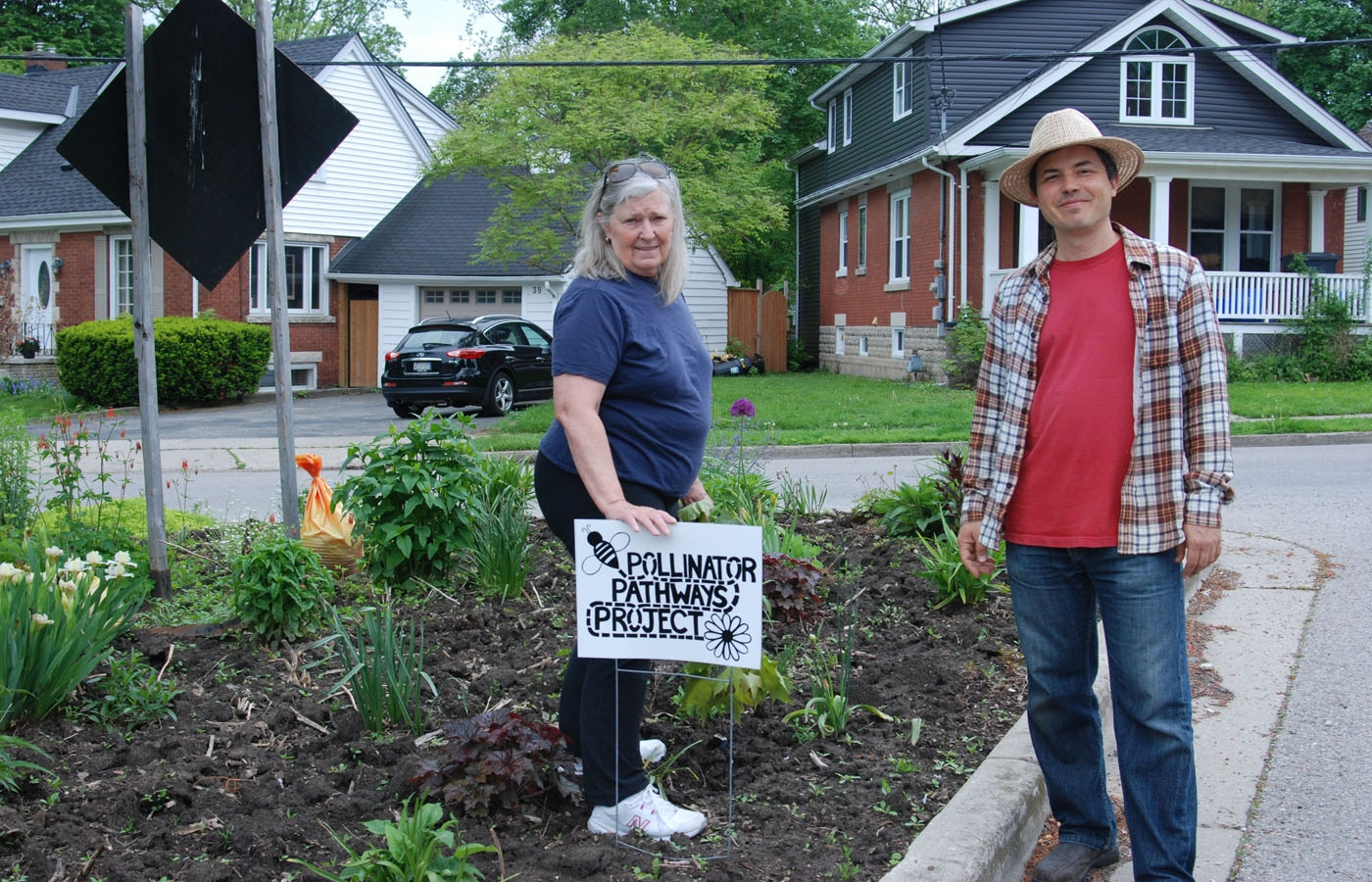 Lori Luscombe and Gabor Sass of the Pollinator Pathways Project in London, Ontario