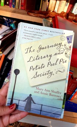 """A book titled """"The Guernsey Literary and Potato Peel Pie Society"""""""
